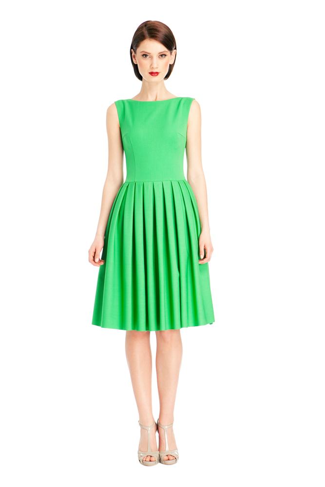 Платья зеленое с пышной юбкой