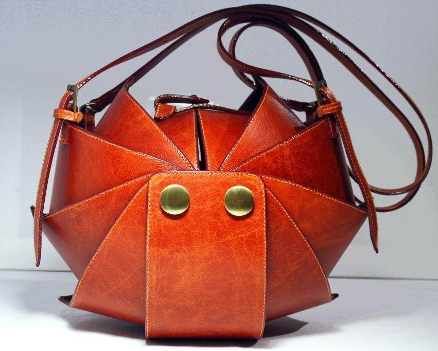 Как выпрямить кожаную сумку? - Girls only!